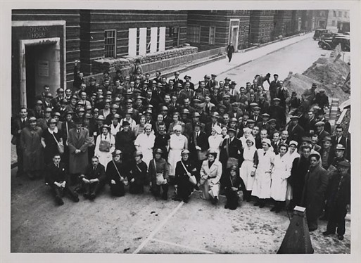 Civil Defence and First Aid personnel at Dolphin Square (Copyright: Westminster City Archives)